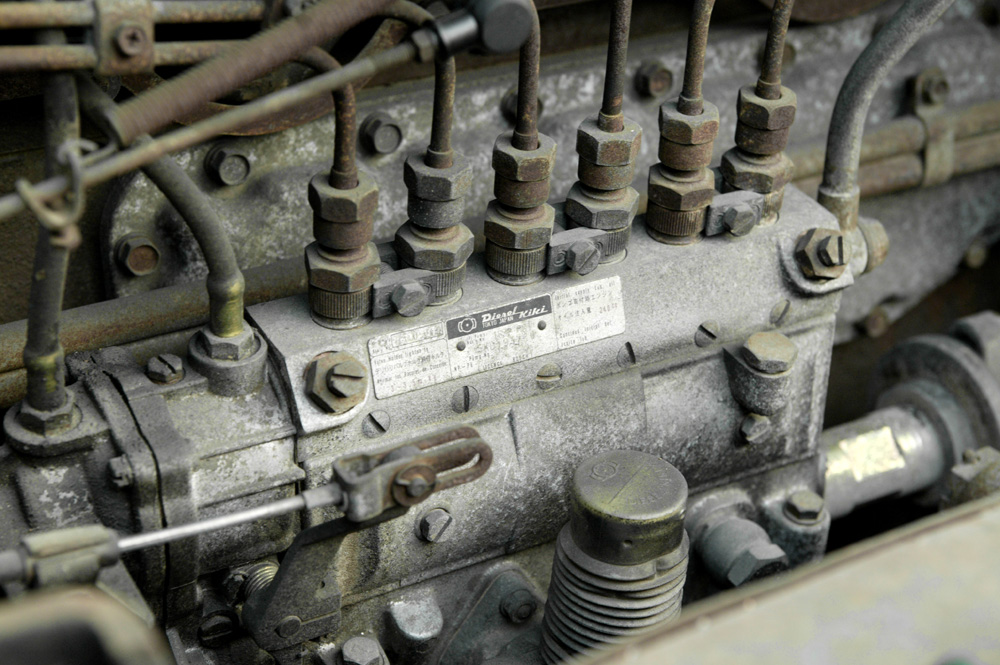 Bosch_A-type_injection_pump_001.jpg